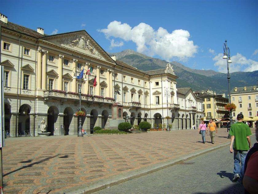 Chanoux Piazza Aosta city